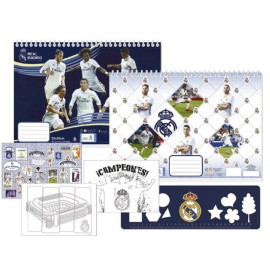 Скицник Real Madrid 40 л. + шаблони, линийка, стикери и 2 стр. за оцветяване, 23x33